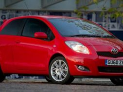 two-new-toyota-yaris-models-for-2011-3