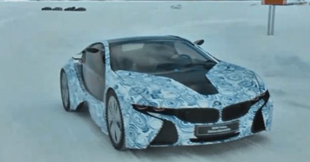 BMW i8 hybrid testes på isen – Video