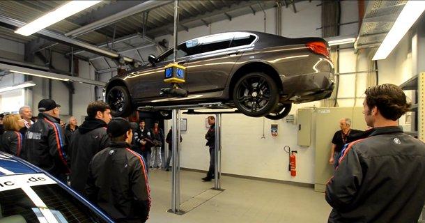 Hør om teknologien bag BMW M5 – Video