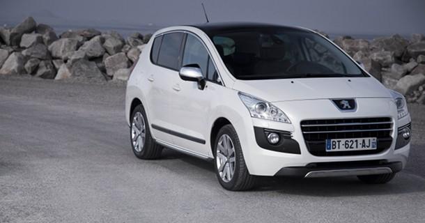 Peugeot fremviser 508 RXH og 3008 HYbrid4