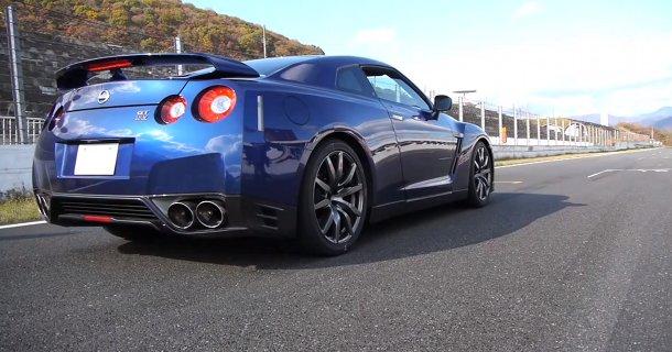 Nissan GT-R klarer 0-100 km/t på 2,84 sekunder! – Video