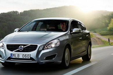Volvo V60 plug-in hybrid med D6 motor