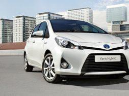 Toyota yaris som hybrid
