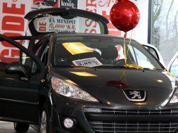 2012 starter godt for Peugeot!