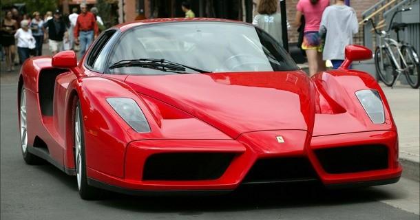 Italiensk politi har forhindret et bizart Ferrari-tyveri