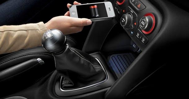 Chrysler introducerer trådløs oplader – Video