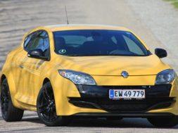 bilsektionen.dk har testet den lynhurtige Mégane R.S.