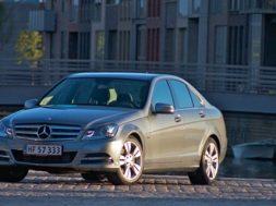 Her kan du læse testen af Mercedes C220 CDi
