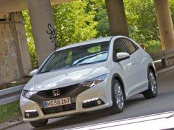 Vi tester den nye Honda Civic 2.2 i-dtec sport