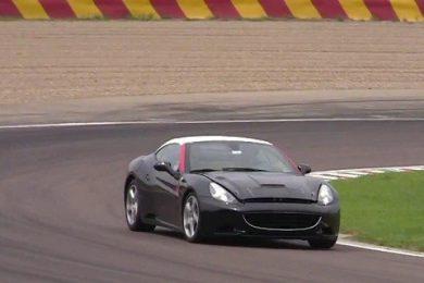Får den nye Ferrari California en turbomotor?
