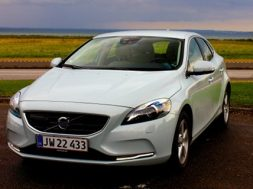 Volvo V40 T3 kinetic test af Bilsektionen