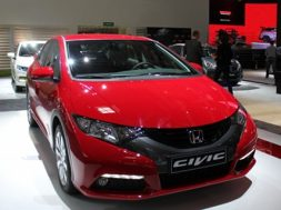 Honda Civic kåres som årets kvindebil 2012