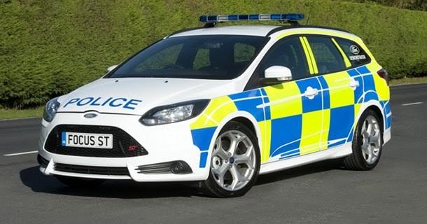 Ny Ford Focus ST som engelsk politibil