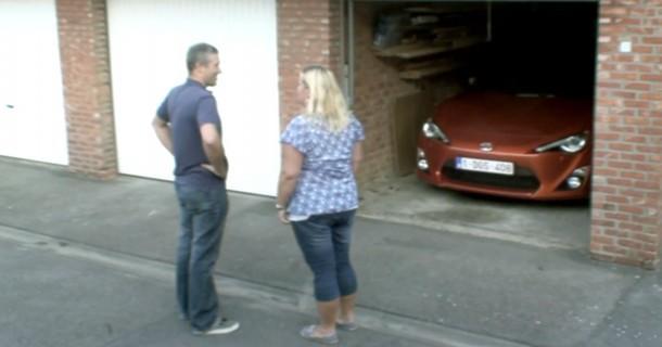 Sådan reagerer konen hvis du køber en Toyota GT-86 – Video