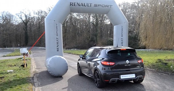 Se Renault Clio RS launchcontrol – Video
