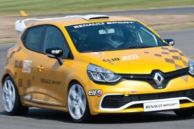 Renault Clio Cup racer