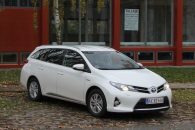 Toyota auris stationcar hybrid