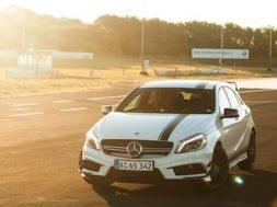 Mercedes a45 amg test