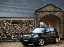 BMW X5 M50d test
