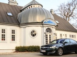 Opel Insignia benzin test