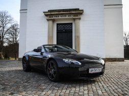 aston-martin-v8-vantage-roadster