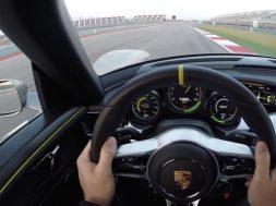 Porsche 918 Spyder bag rattet