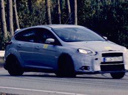 Ford focus rs forside