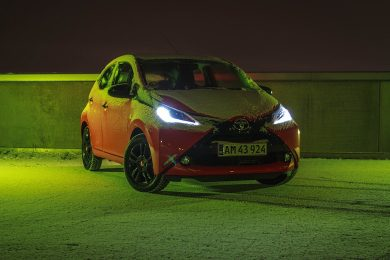 Toyota Aygo orange x-cite