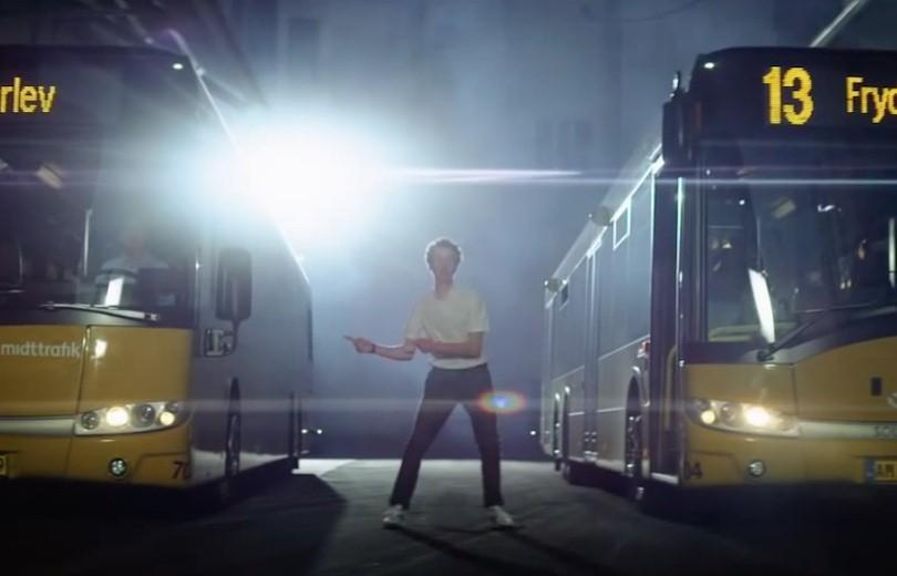 Skør Midttrafik busreklame