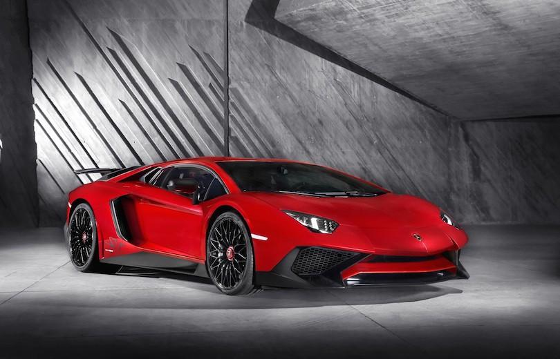 Lamborghini Aventador bliver vildere
