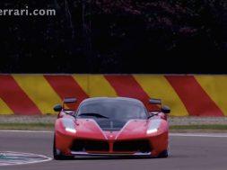 Ferrari FXX K på bane
