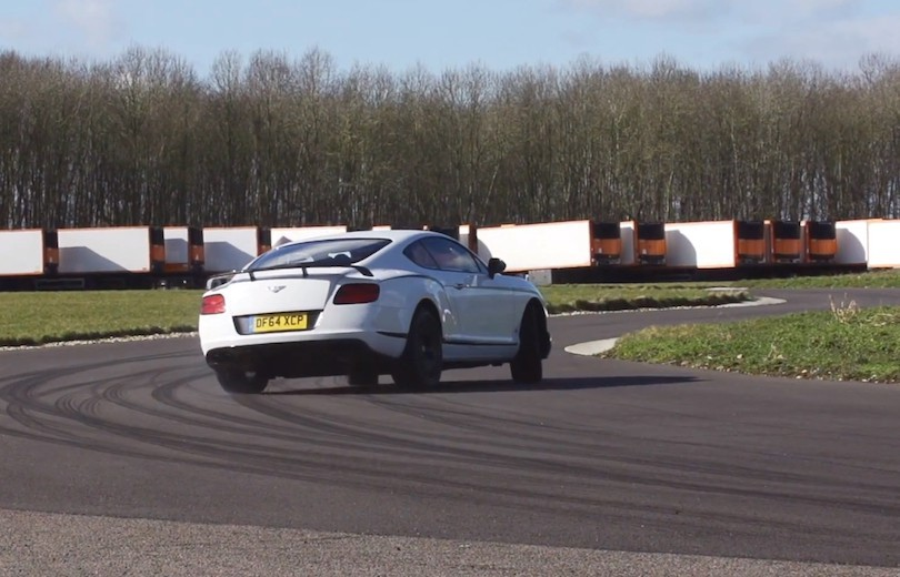 Se Chris Harris drifte Bentley Continental GT3-R