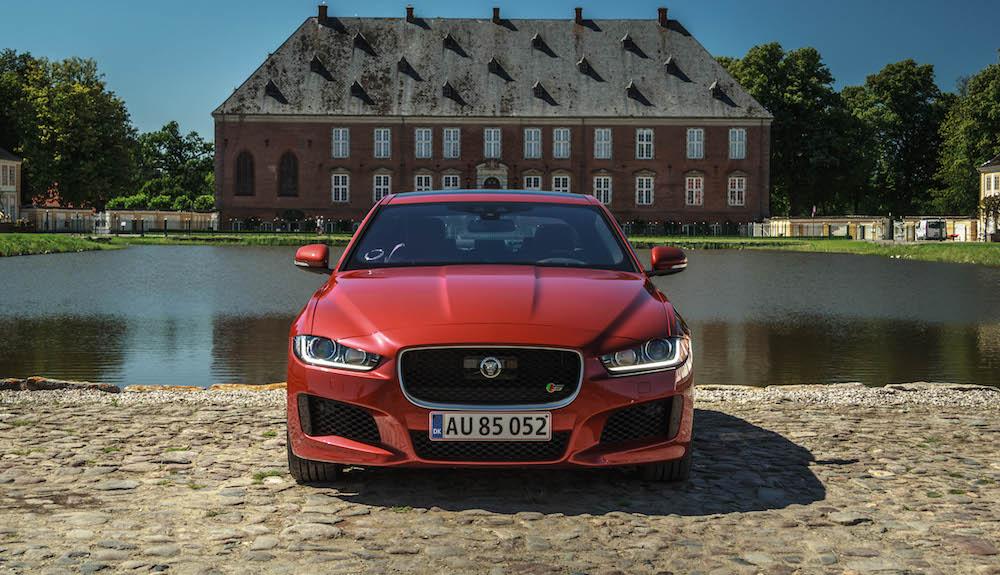 Det er billigere at køre Jaguar end du troede…
