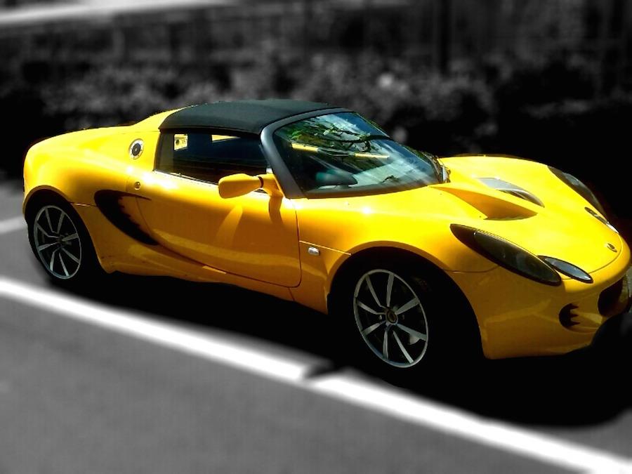 Test dine køreegenskaber i en Ferrari, Lamborghini eller Lotus