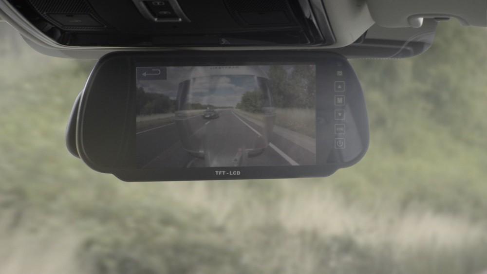Innovativt kamerasystem gør din anhænger gennemsigtig!