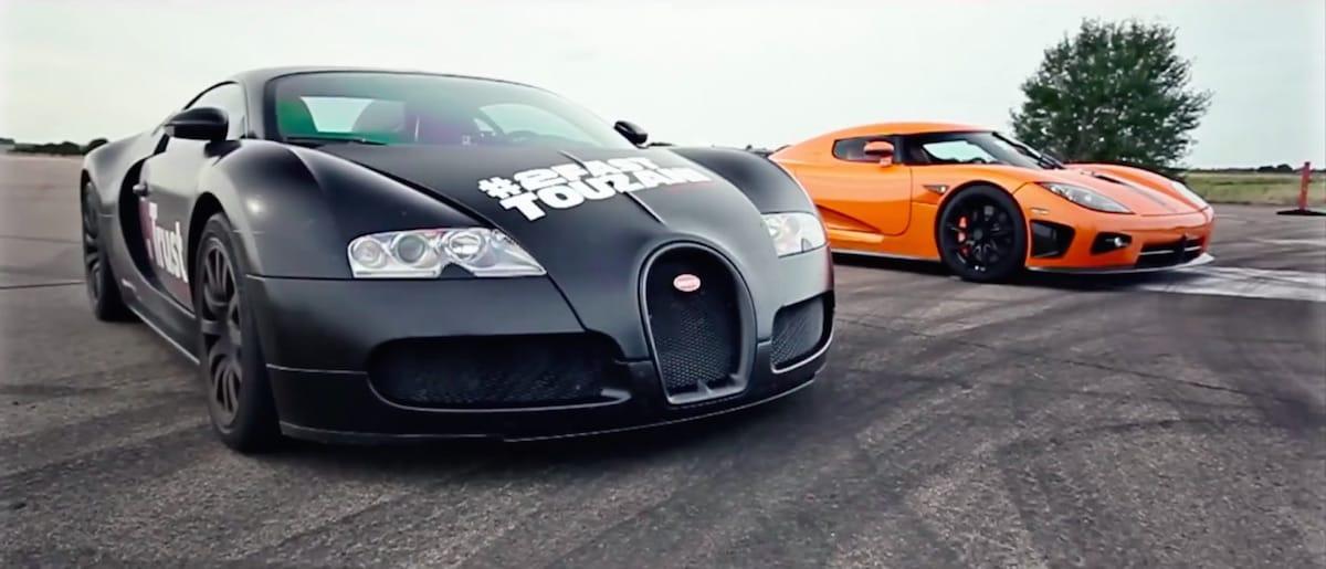 Video: Bugatti Veyron VS. Koenigsegg CCXR.