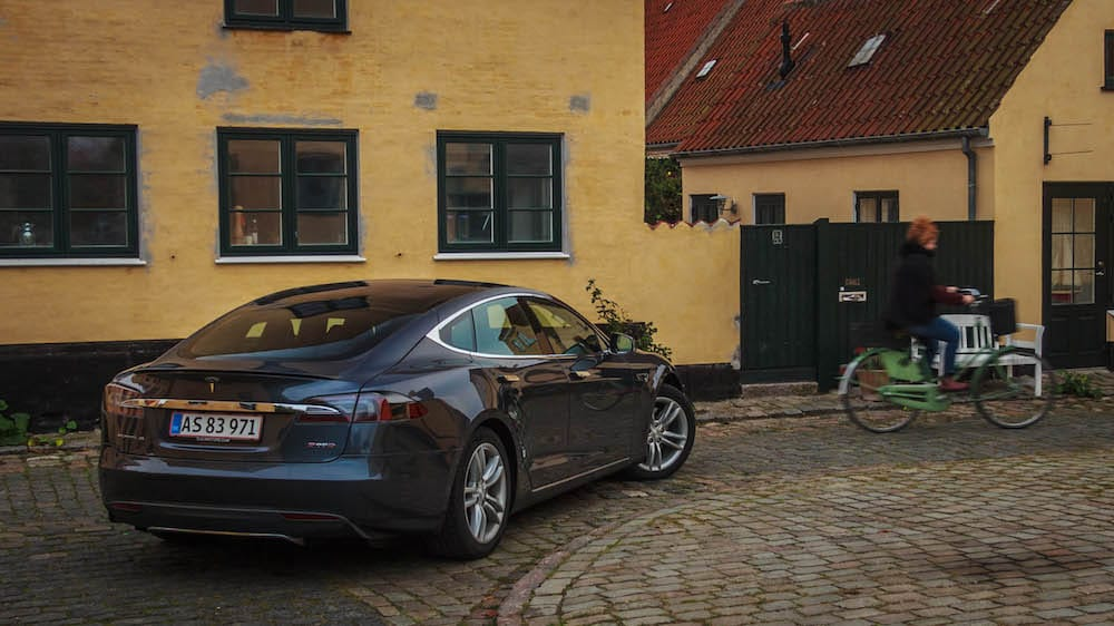 Tesla-biler får alligevel fuld afgiftsrabat - Bilsektionen.dk