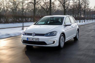 Volkswagen-e-Golf_2015_1280x960_wallpaper_11