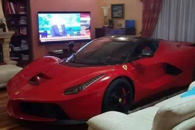ferrari-laferrari-parked-living-room-1