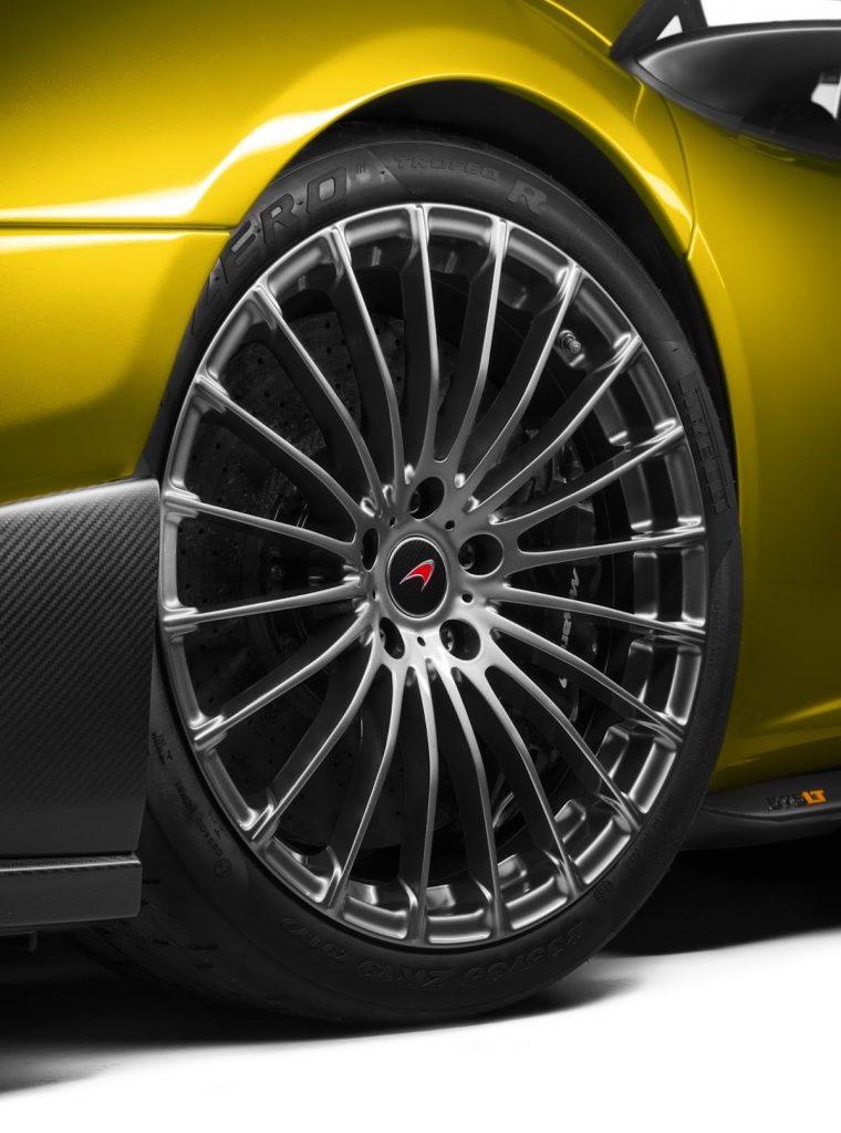 McLaren-675lt-spider-08