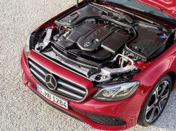 2016-Mercedes-NewEngineFamily-01
