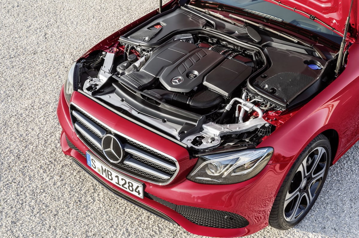 Mercedes vil investere 22 milliarder i ny motorteknologi