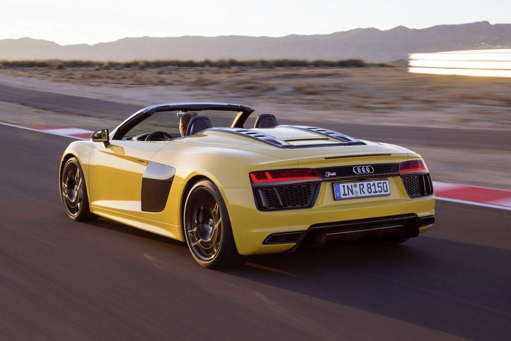 Audi-R8-Spyder-V10494_medium