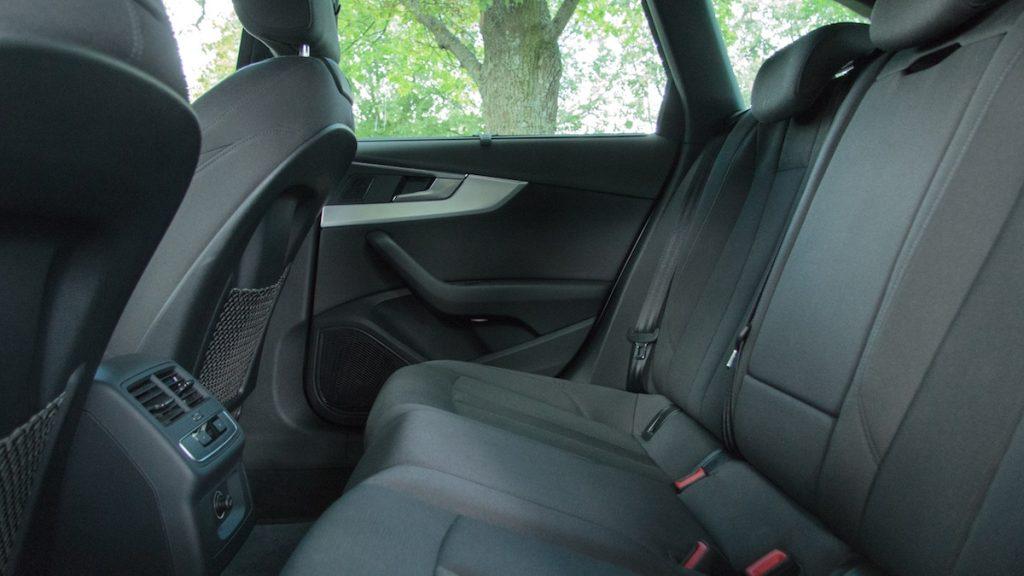 Audi-a4-20-tfsi-14