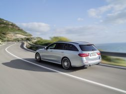 Mercedes-e-klasse-stationcar2