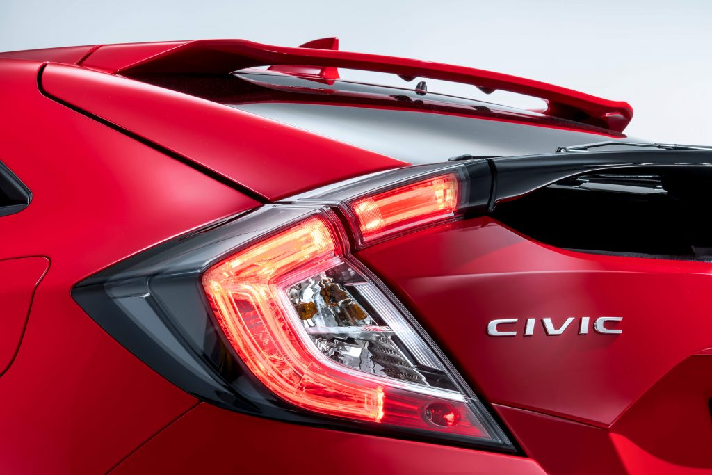 honda_civic_5dr_rear_light_detail-1