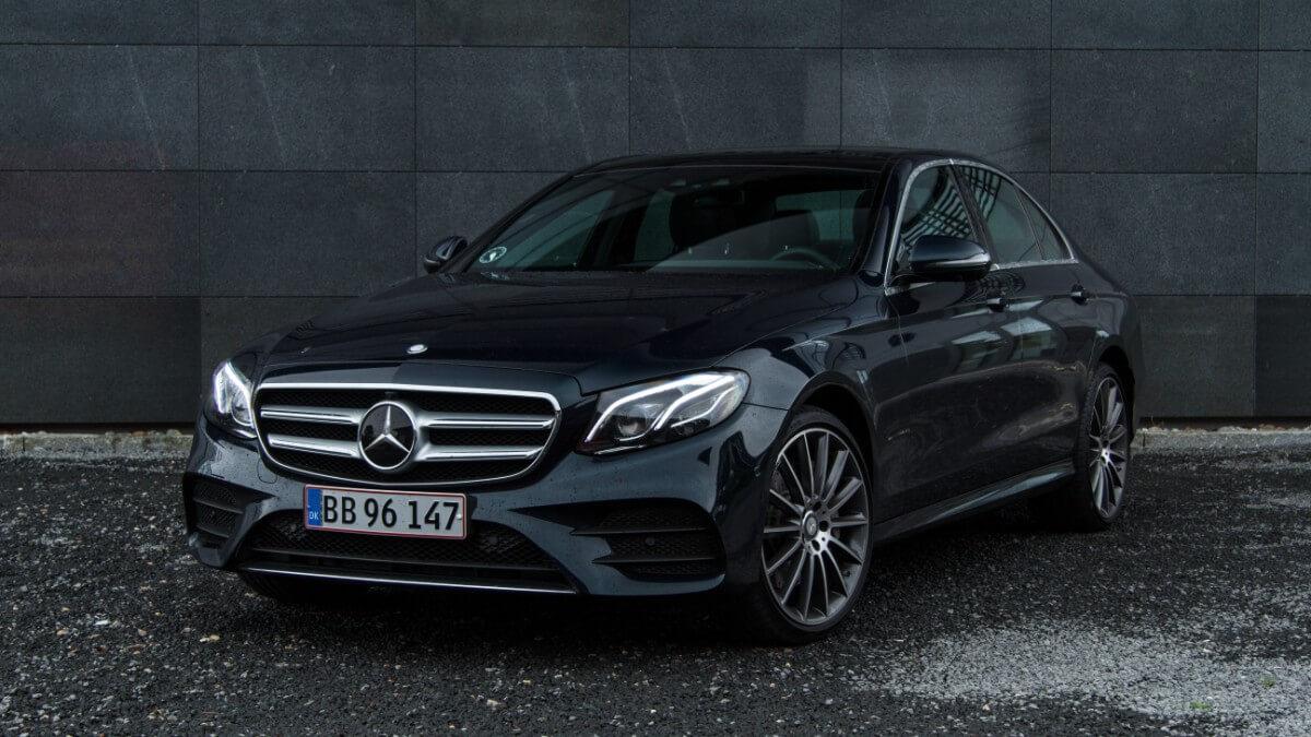 Test: Mercedes E350d – Direktørens bil er blevet innovativ