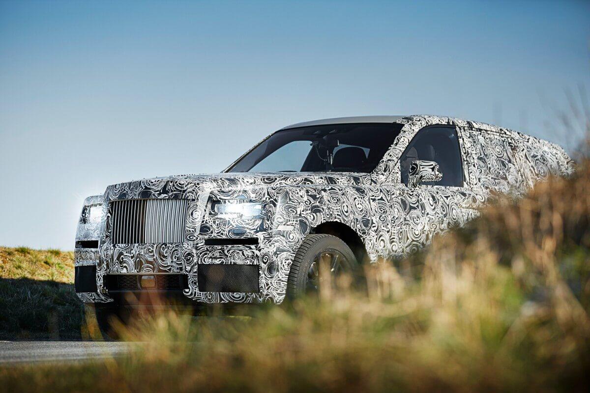 Rolls Royce udfordrer Bentley med kæmpe SUV