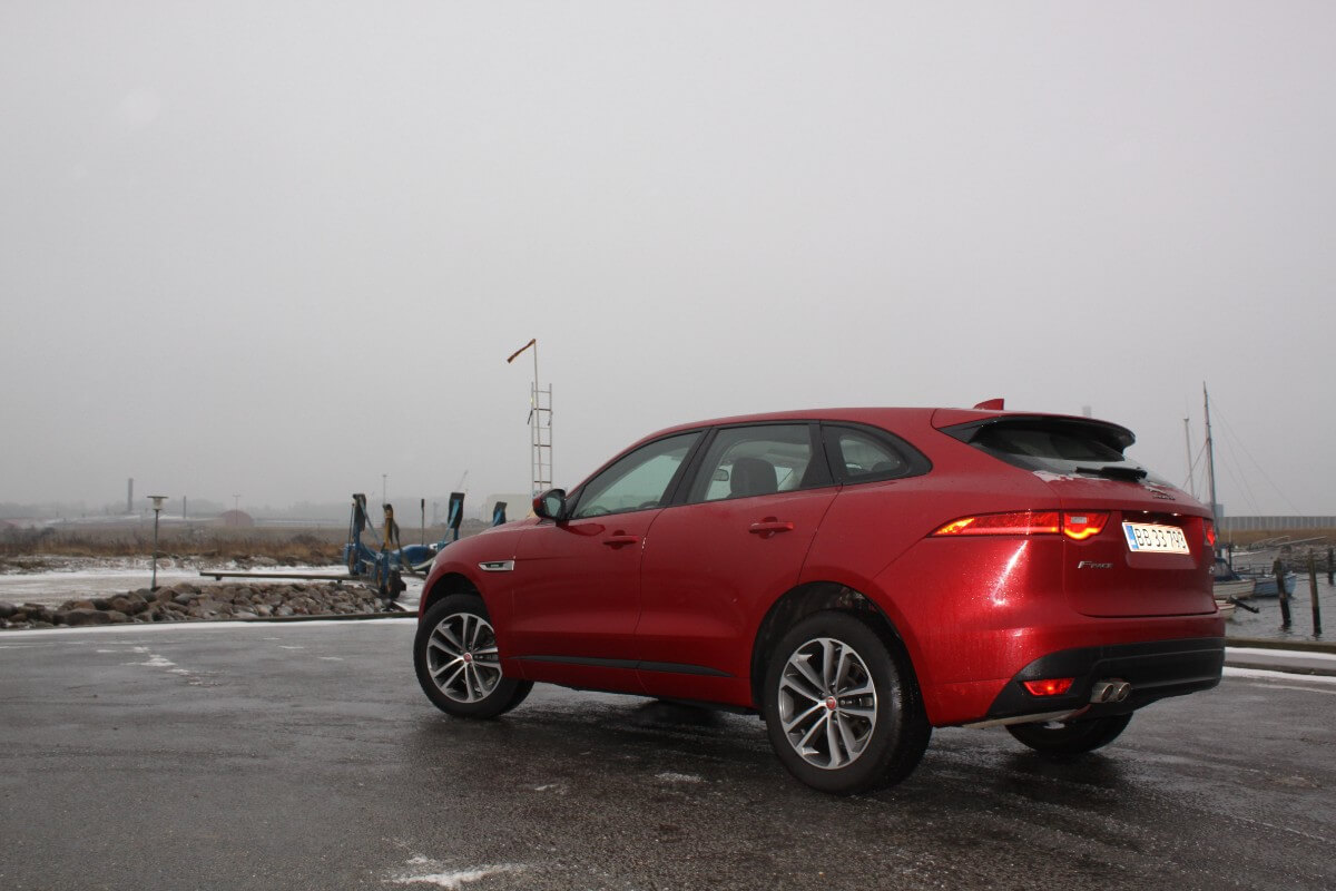 F-Pace (6)