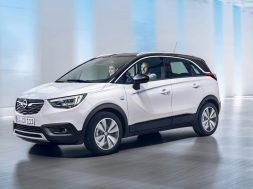 Opel-Crossland-X-304898 skraat forfra (50)